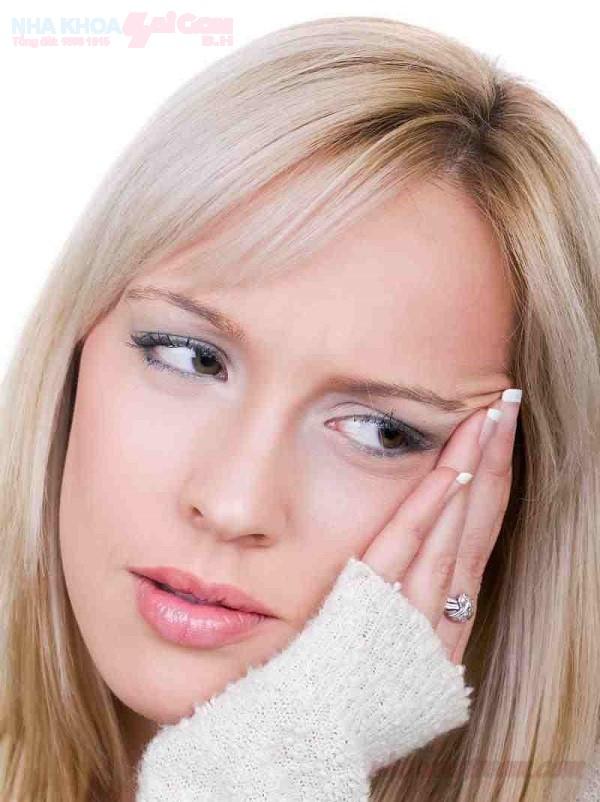 Sau nhổ răng cần lưu ý những gì khi ăn uống?